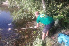 Als Müll-Angler macht man immer einen guten Fang